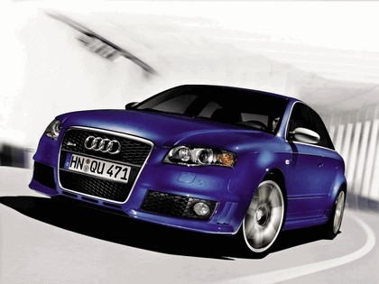 2005 Audi RS4 1