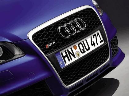 2005 Audi RS4 11