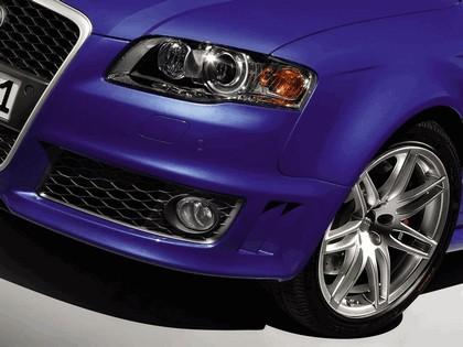 2005 Audi RS4 12