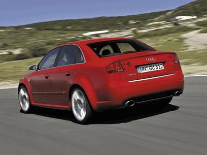 2005 Audi RS4 26