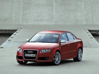 2005 Audi RS4 27