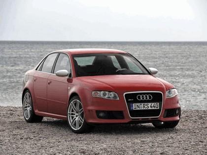 2005 Audi RS4 29