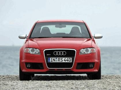 2005 Audi RS4 30