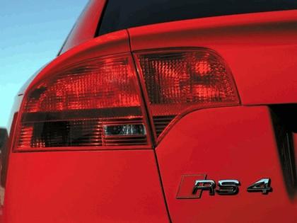 2005 Audi RS4 32