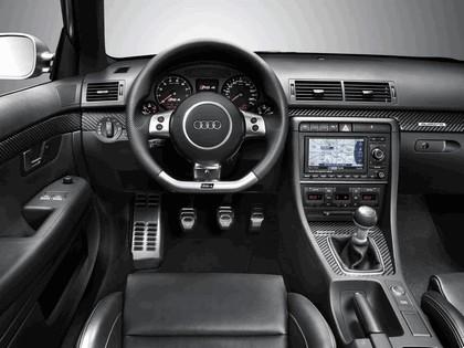 2005 Audi RS4 33