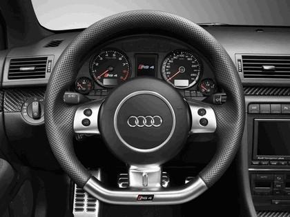 2005 Audi RS4 34