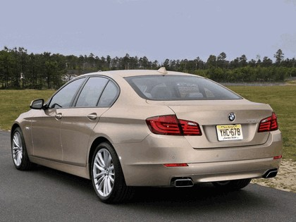 2010 BMW 550i ( F10 ) - USA version 3