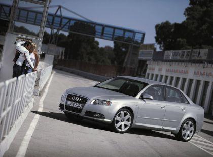 2005 Audi S4 3