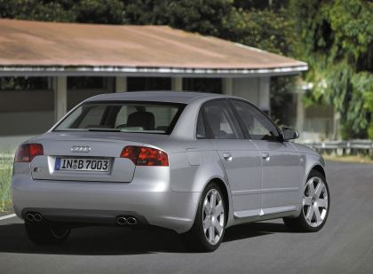2005 Audi S4 5