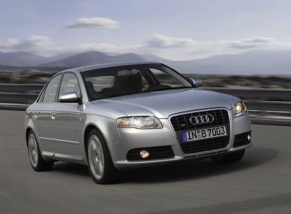 2005 Audi S4 7
