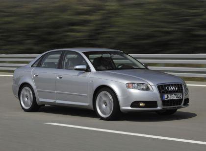 2005 Audi S4 9