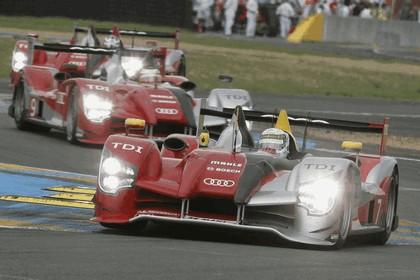 2010 Audi R15 TDI - 24hrs Le Mans 3