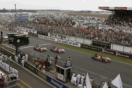 2010 Audi R15 TDI - 24hrs Le Mans 9