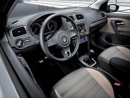 2010 Volkswagen Cross Polo 13
