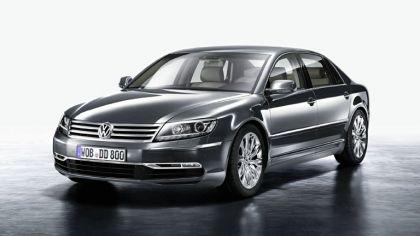 2010 Volkswagen Phaeton 8