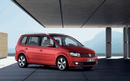 2010 Volkswagen Touran 1