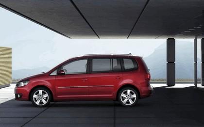 2010 Volkswagen Touran 2