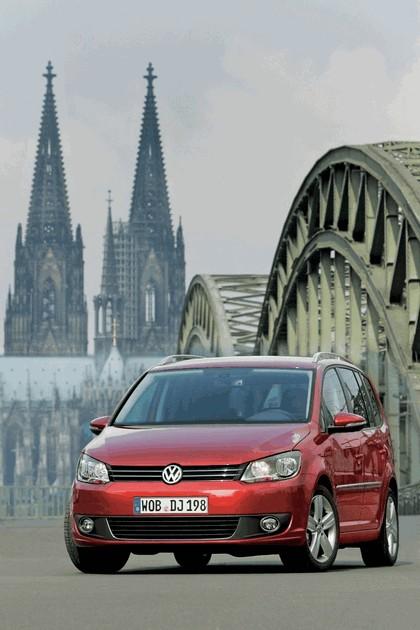2010 Volkswagen Touran 6