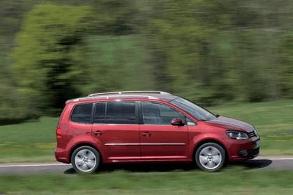 2010 Volkswagen Touran 10