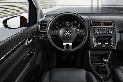 2010 Volkswagen Touran 20