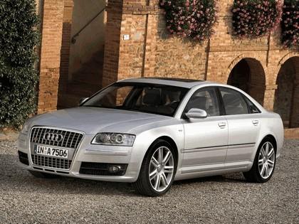 2005 Audi S8 5