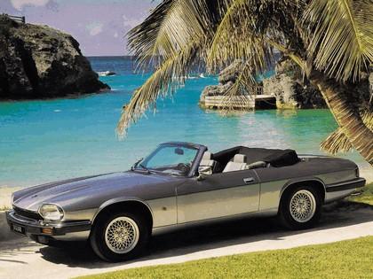 1975 Jaguar XJS convertible 3