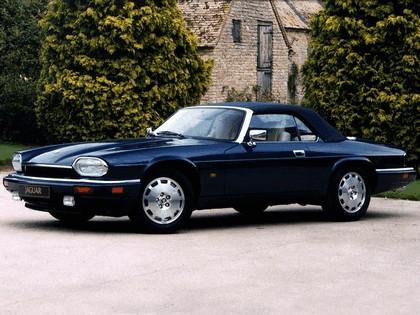 1975 Jaguar XJS convertible 5