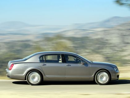 2005 Bentley Continental Flying Spur 7