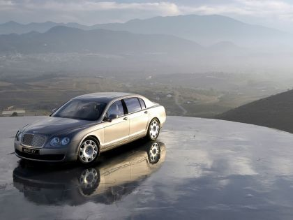 2005 Bentley Continental Flying Spur 9