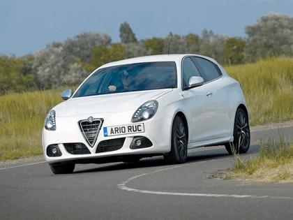 2010 Alfa Romeo Giulietta - UK version 2