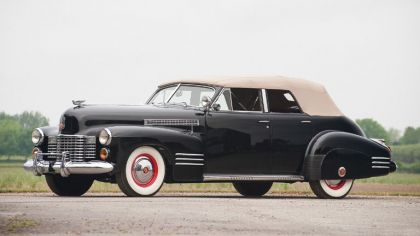 1941 Cadillac Sixty-Two convertible 8