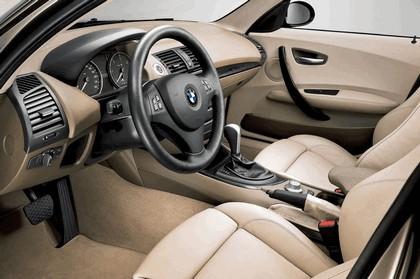 2005 BMW 120i 13