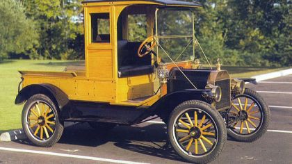 1913 Ford Model T Woody Pickup 3