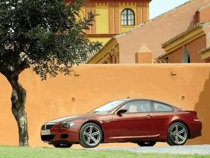2005 BMW M6 36