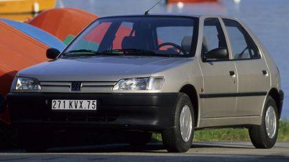 1993 Peugeot 306 5-door 7
