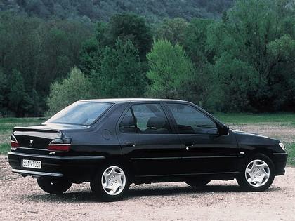 1994 Peugeot 306 sedan 3