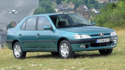 1994 Peugeot 306 sedan 7