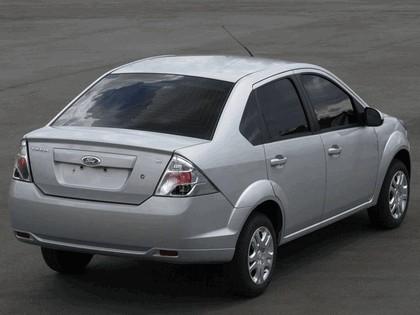 2010 Ford FiestaMax One sedan 4