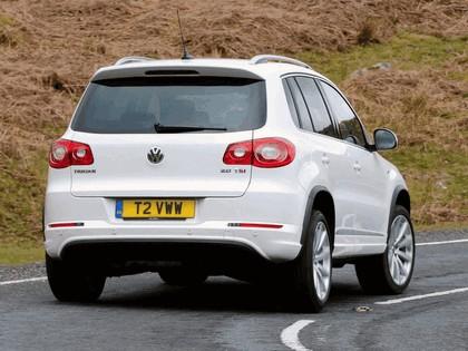2010 Volkswagen Tiguan R-Line - UK version 6