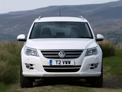 2010 Volkswagen Tiguan R-Line - UK version 7