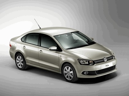 2010 Volkswagen Polo Sedan 14