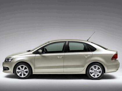 2010 Volkswagen Polo Sedan 17