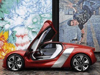 2010 Renault DeZir concept 41