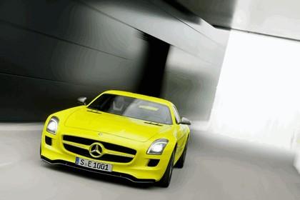 2010 Mercedes-Benz SLS AMG E-Cell 9