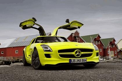 2010 Mercedes-Benz SLS AMG E-Cell 22