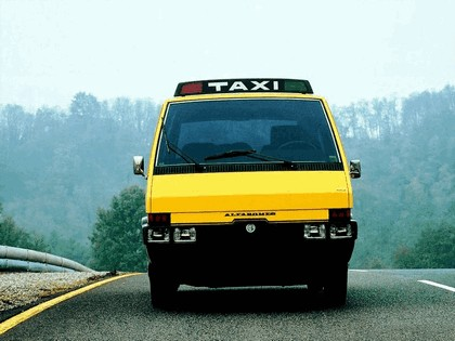 1976 Alfa Romeo New York Taxi concept by ItalDesign 4