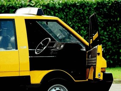 1976 Alfa Romeo New York Taxi concept by ItalDesign 10