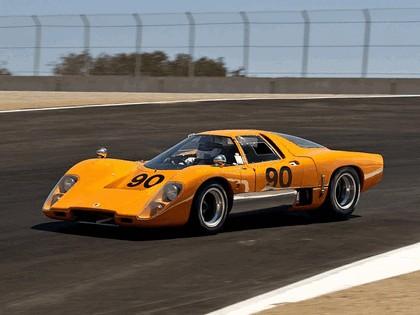 1969 McLaren M6GT 18