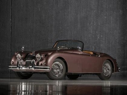 1951 Jaguar XK 150 roadster 13