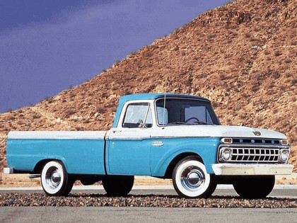 1965 Ford F-100 1